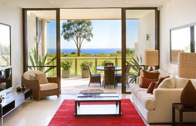 Stunning Executive Apartment Boasting Coastal Views