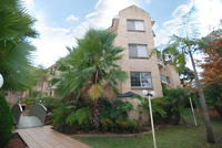 Immaculate 3 bedroom Unit -