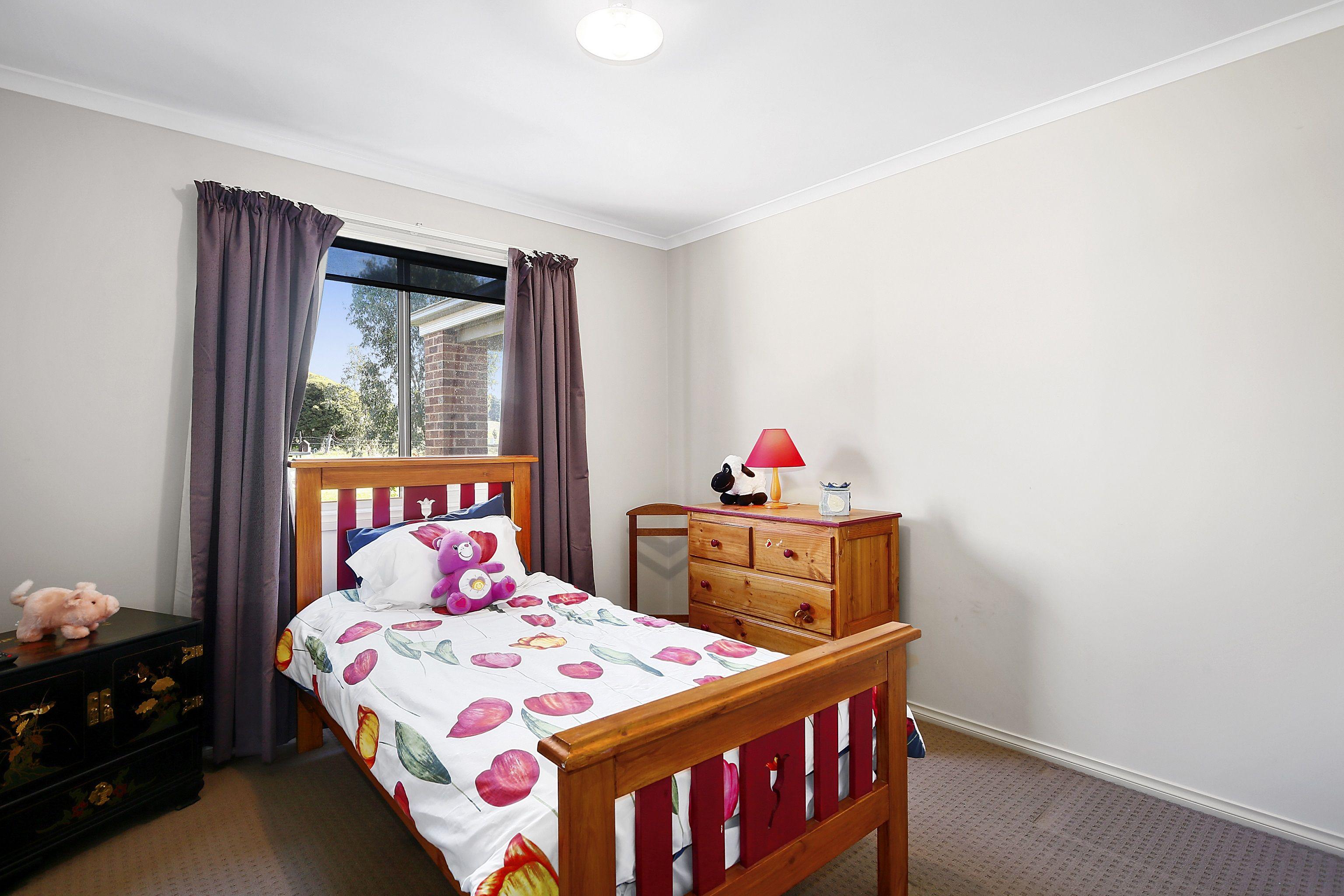 15 Hamilton Hume Terrace Yea