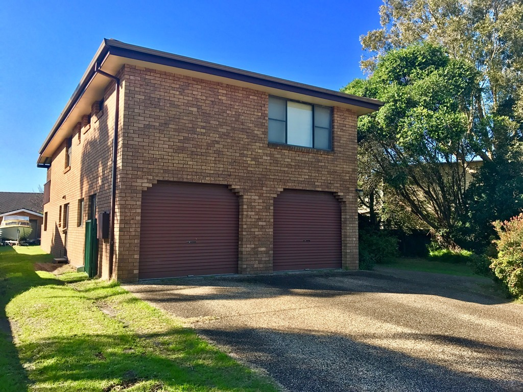 Dual Occupancy Close to the Myall River