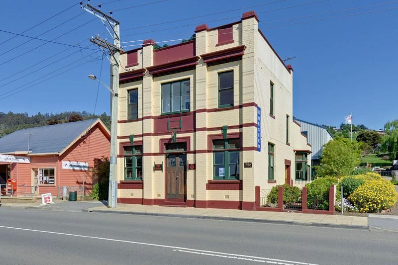 Former Bank 3400 Huon Highway, Franklin