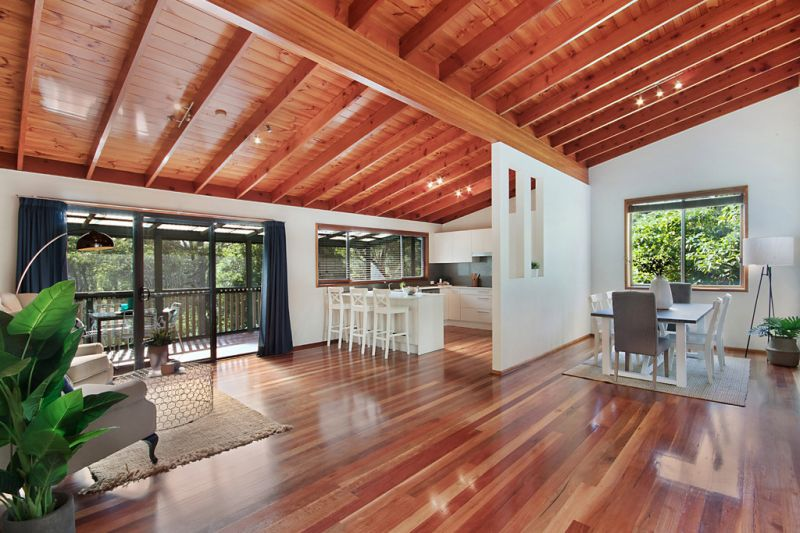 Private Sun Soaked Garden Seclusion with Idyllic Northerly Aspect & Bushland Setting