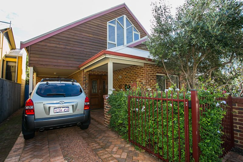 12 Bay Patch Street, East Fremantle