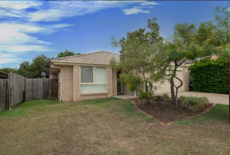 4 BEDROOM AIR CONDITIONED  LOW SET HOME IN SOUGHT AFTER ESTATE IN  RACEVIEW