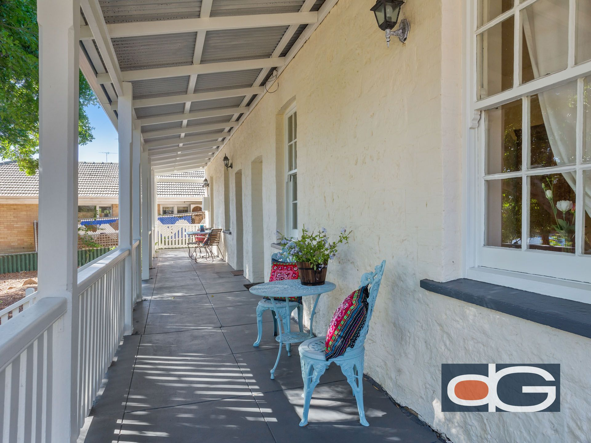 15 Thompson Road, North Fremantle