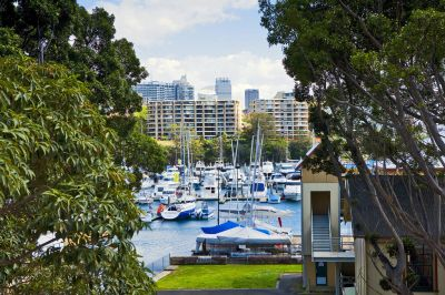 A Substantial Private Haven Overlooking the Parklands, Yacht Club & Gittering Harbour of Rushcutters Bay