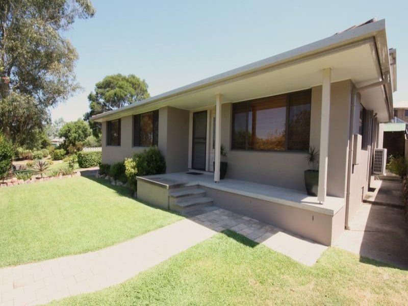 15 Heather Place, Singleton
