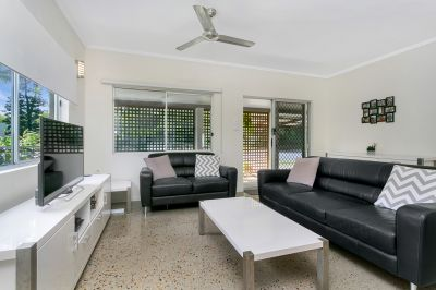 Semi Detached for sale in Cairns & District HOLLOWAYS BEACH