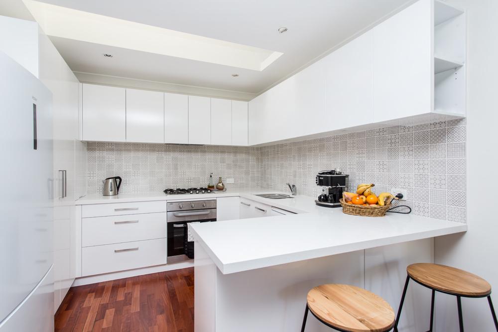 Sensational modern & fully furnished 3 bedroom house