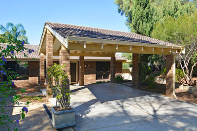 IDEAL FIRST HOME, RETIREMENT OR INVESTMENT OPPORTUNITY..