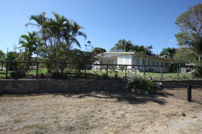 14 DAYDAWN ROAD, Charters Towers