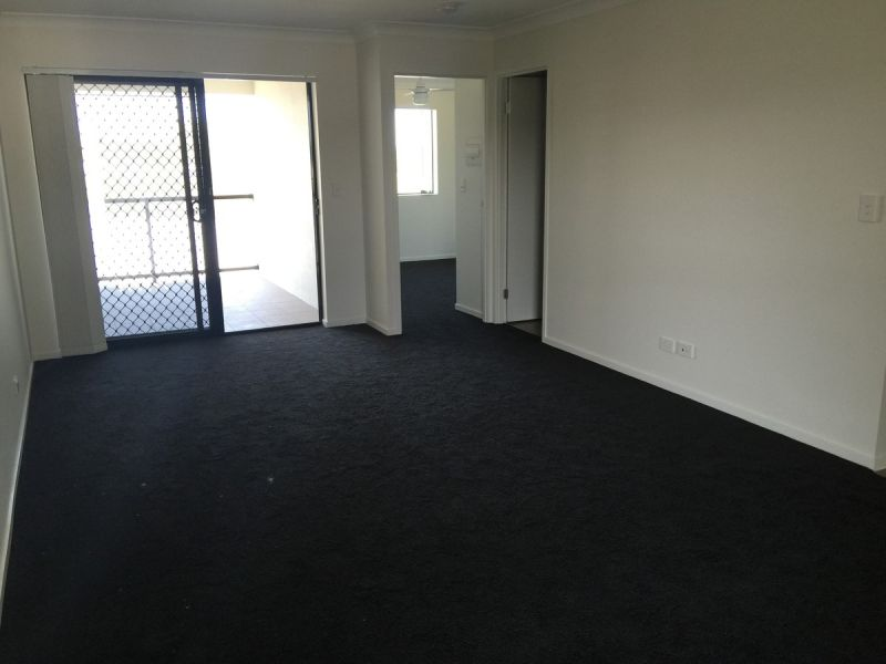 PERECTLY PRESENTED 1 BEDROOM UNIT CALL FOR AN INSPECTION TODAY