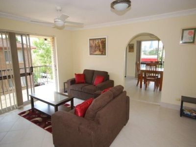 FULLY RENOVATED, FURNISHED 2 BEDROOM UNIT