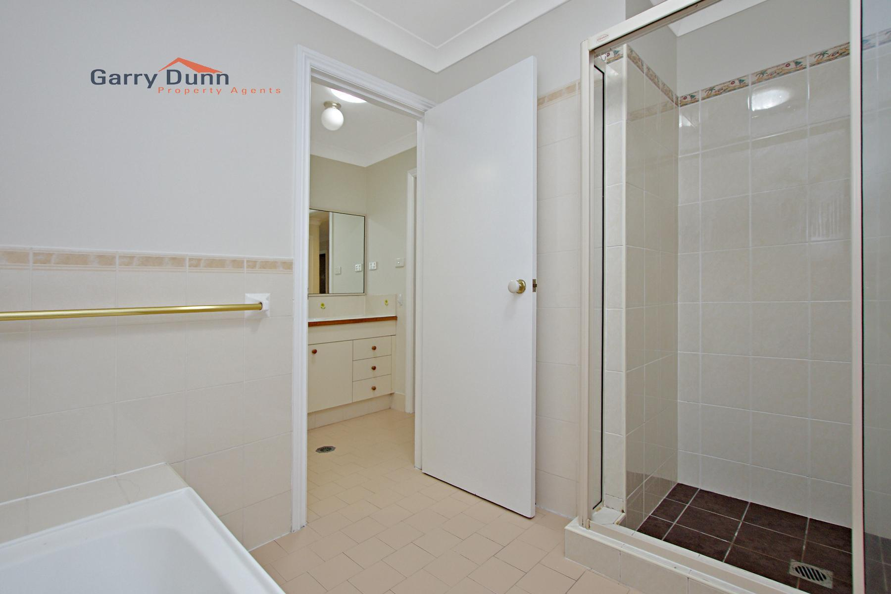 37 Woburn Abbey Crt, Wattle Grove