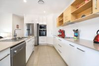 Modern Duplex Opposite Bush Park + Solar & Ducted Aircon - Under Contract!