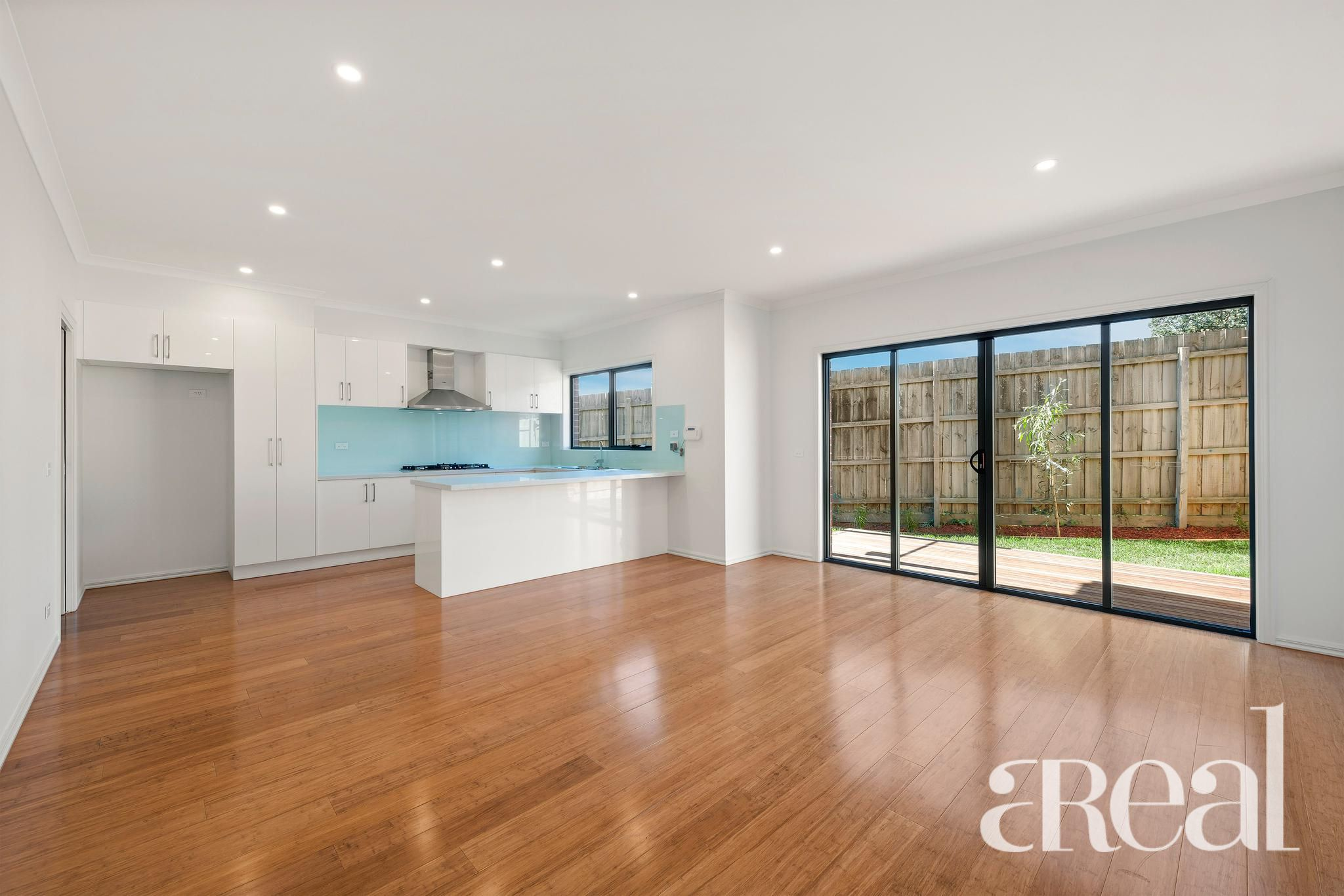 3/50 Lewis Road, Wantirna South VIC 3125