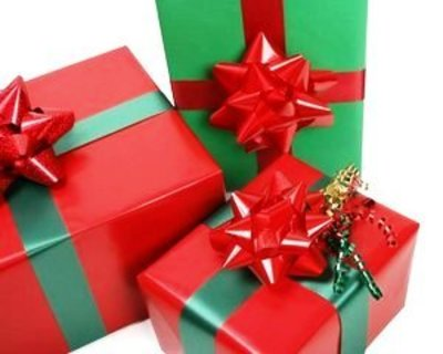 $2 Gift and Variety Shop in Lakes Entrance  - Ref: 18238
