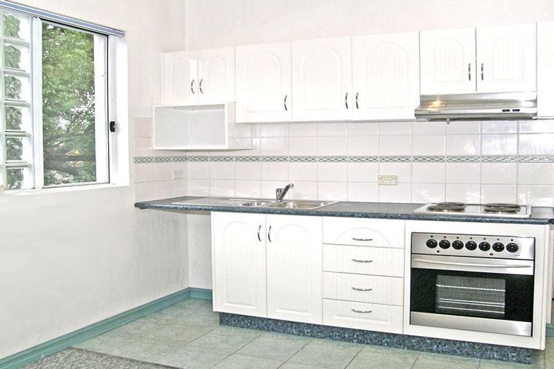 Modern Studio Apartment!