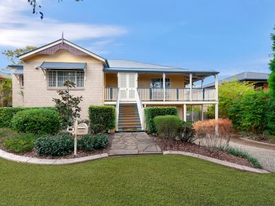 BEAUTIFUL FAMILY HOME WITH DUAL LIVING POTENTIAL