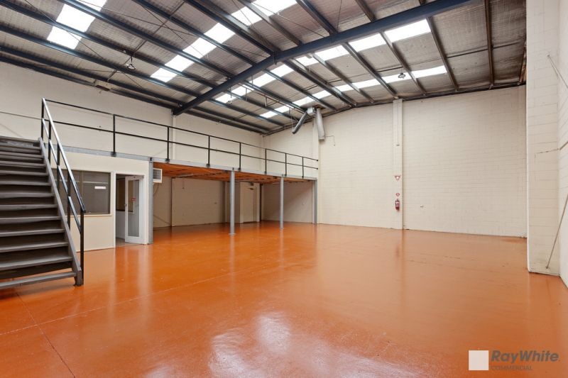 Warehouse / Showroom in Central Location off Centre Road