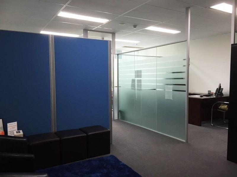 World Tower Office For Lease! 62m2 with 3 partitioned rooms