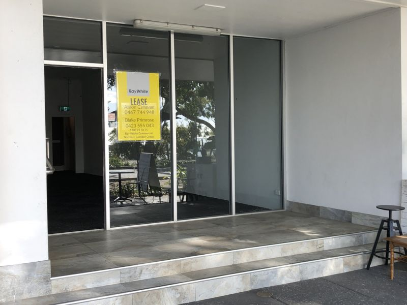 Open Plan Office/Retail Space on Redcliffe Parade