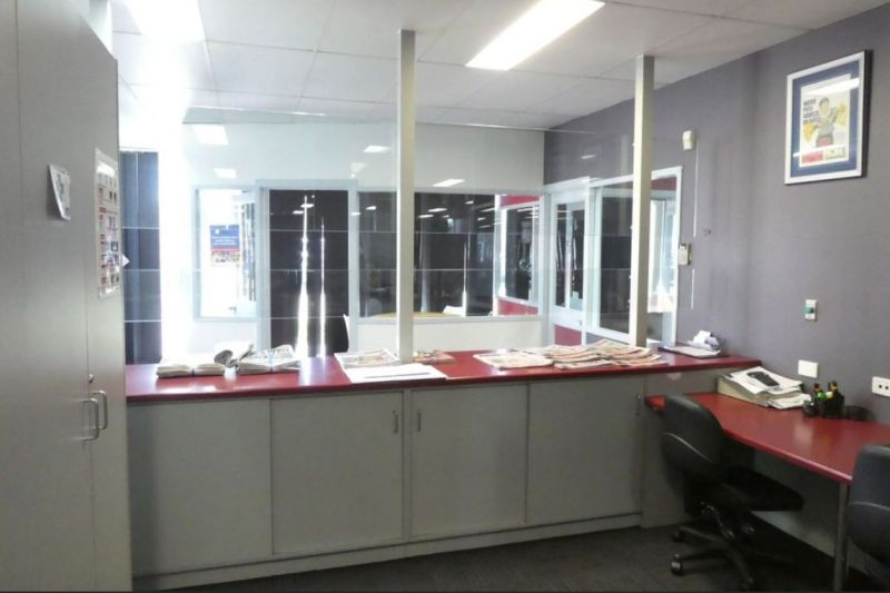 GROUND FLOOR OFFICE - IN HIGH PROFILE LOCATION 451m2*
