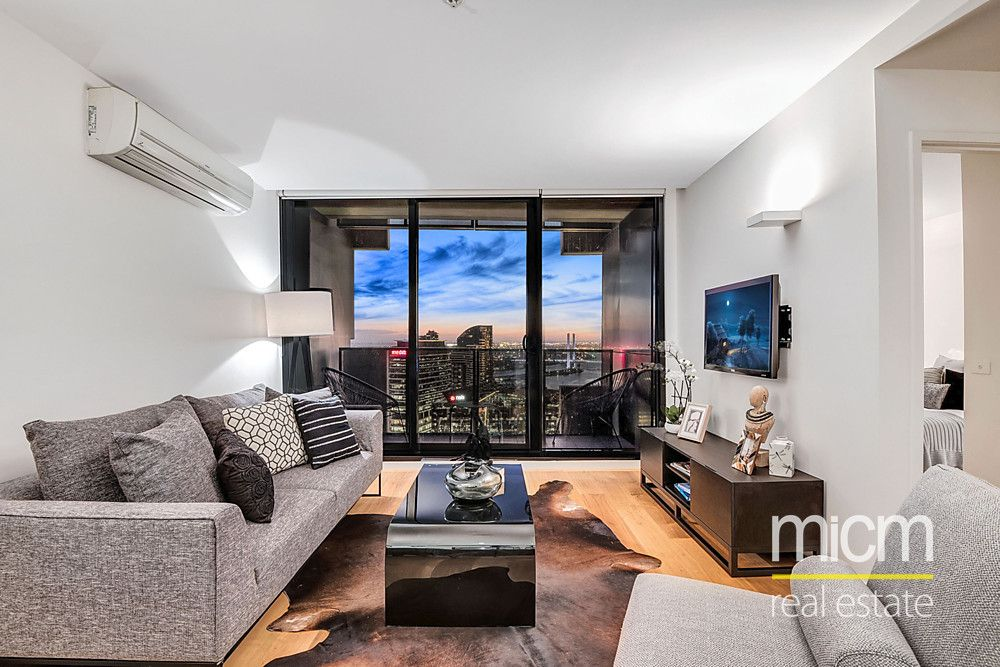 Secure Views and Superb Spencer Street Living