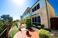 Delightful two storey townhouse with 180 degree views over the Marina and Indian Ocean!