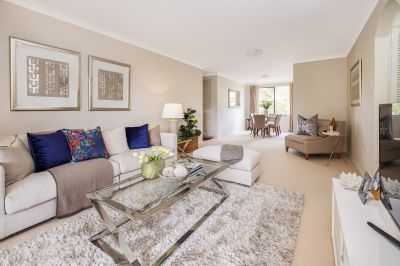 Oversized three-bedroom apartment of superb convenience