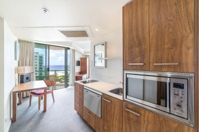 Fully furnished studio apartment inlcuding electricty and water