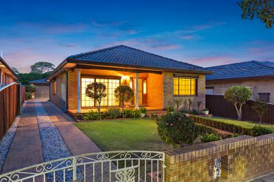 Warm & Welcoming Full Brick Home.