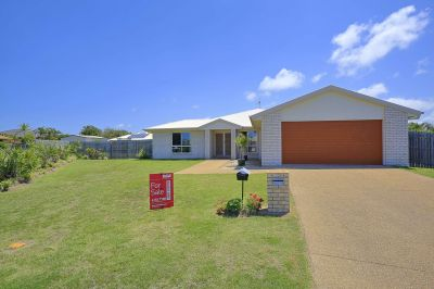 4 Tulipwood Place, Coral Cove