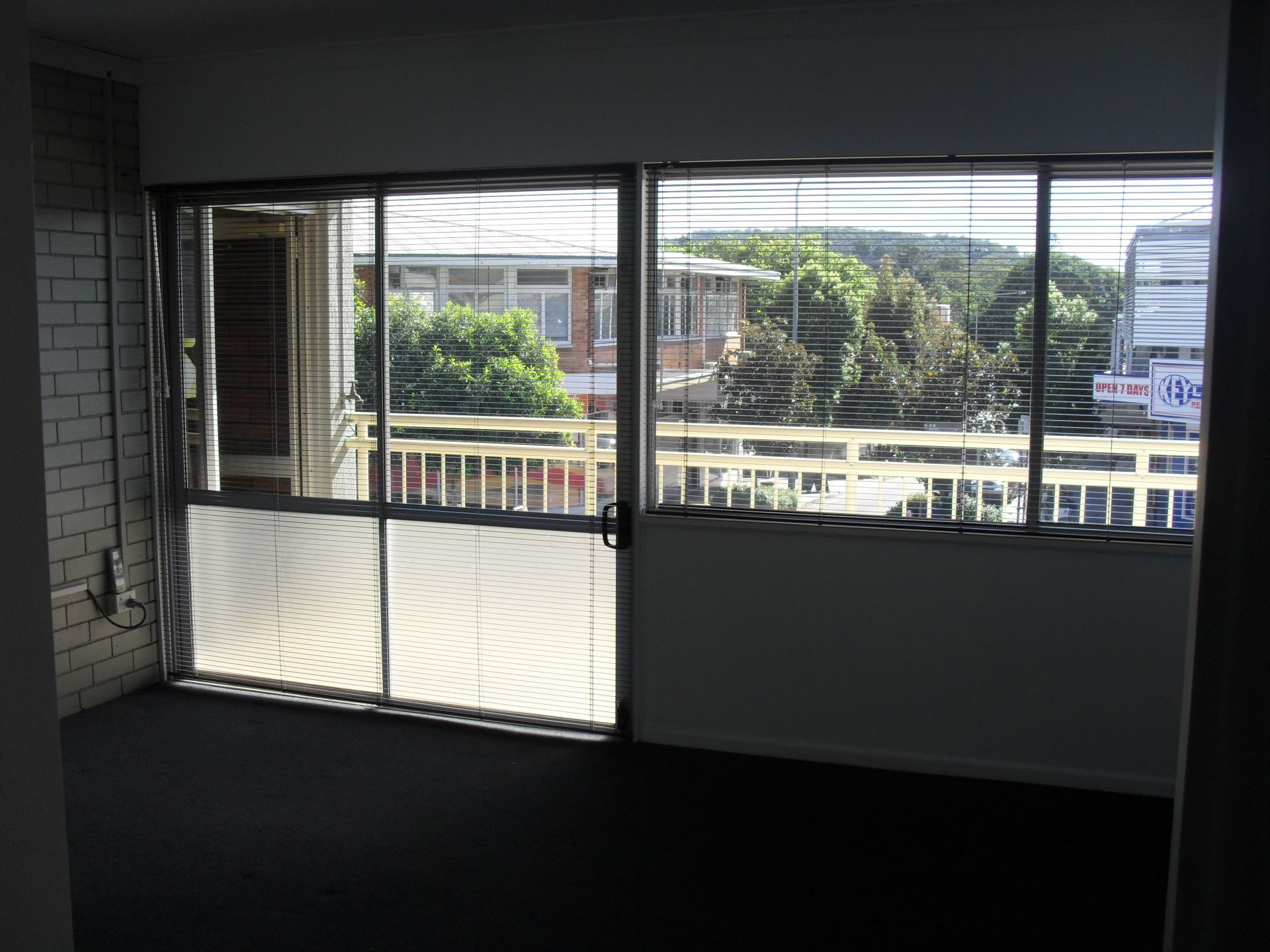 Cheap Office Suite In Central Location