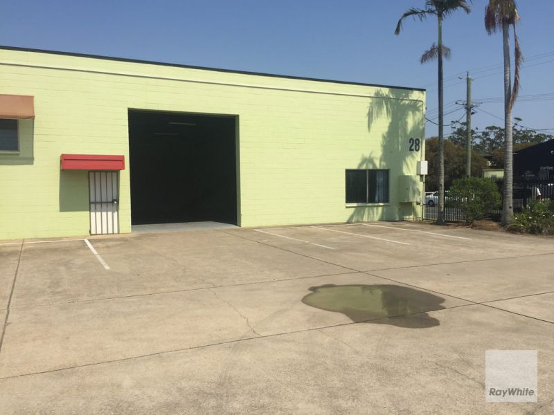 Large Open Plan Warehouse fronting High Street