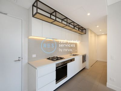 2-Bedroom Apartment with Courtyard + Parking near Marrickville Library!