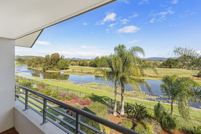 Double Storey Waterfront Home on the Glades Golf Course
