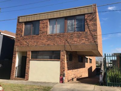 TWO BEDROOM UNIT WITH OVERSIZED LOCKUP GARAGE