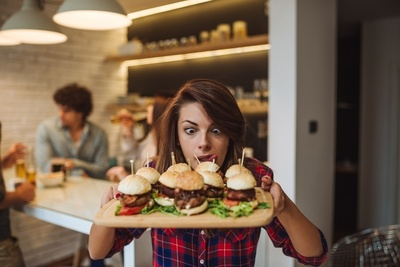 6 Days Burger Shop in Berwick – Ref: 13633