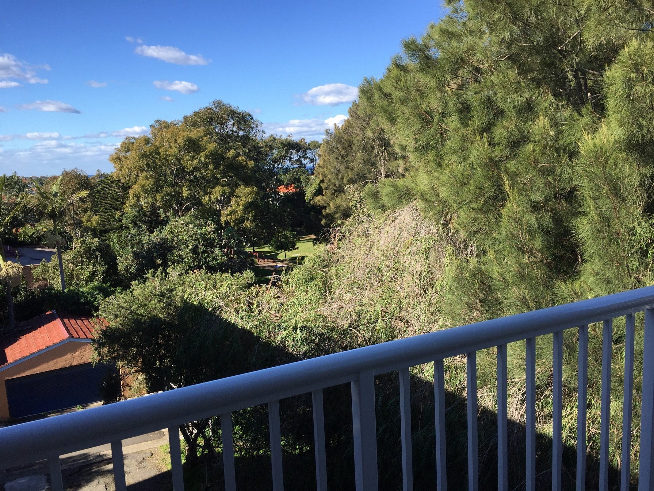 Rare Parkside position and C900 metres walk to Clovelly Beach