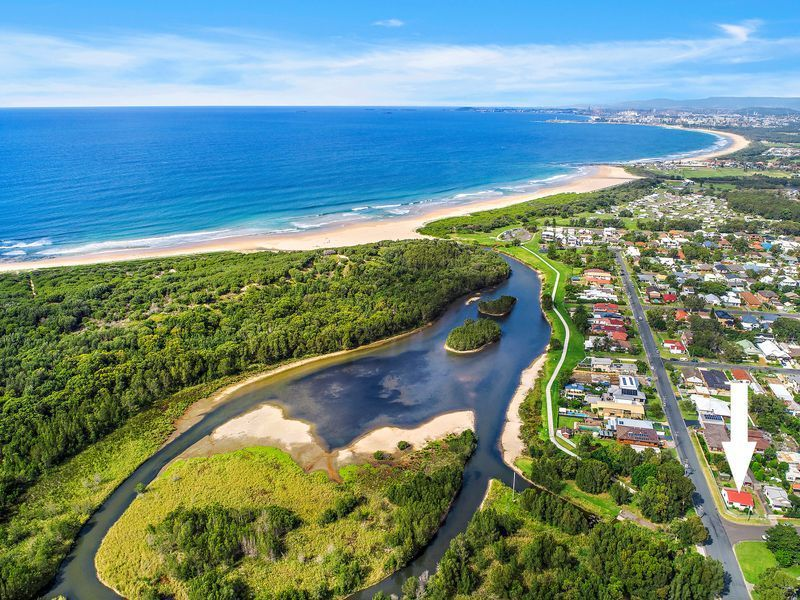 35 Turner Esplanade, East Corrimal NSW