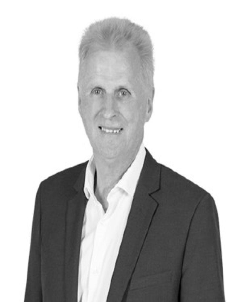 Leon Clark Real Estate Agent