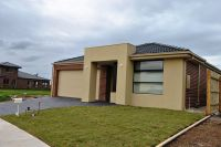 Featherbrook estate, 6 Daisybush Drive: Brand New House!