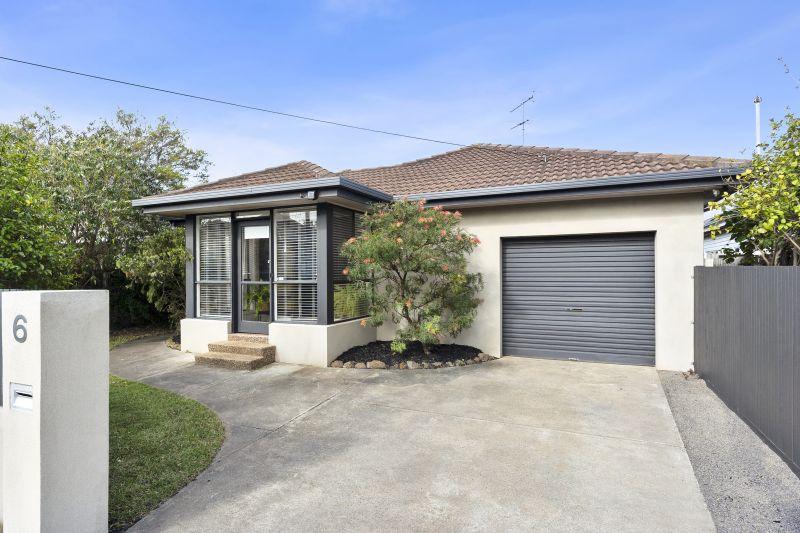 1/6 Thear Street, East Geelong