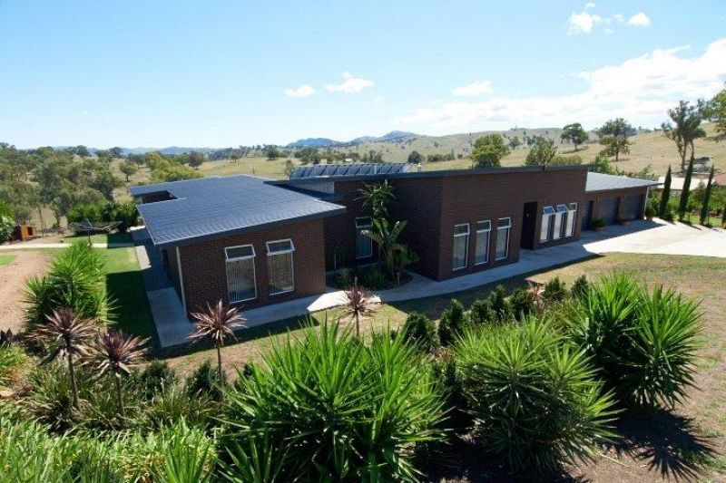 For Sale By Owner: 1/54 Cloverdale Road, Tumut, NSW 2720