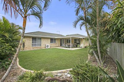 8 Lockyer Drive, Bray Park