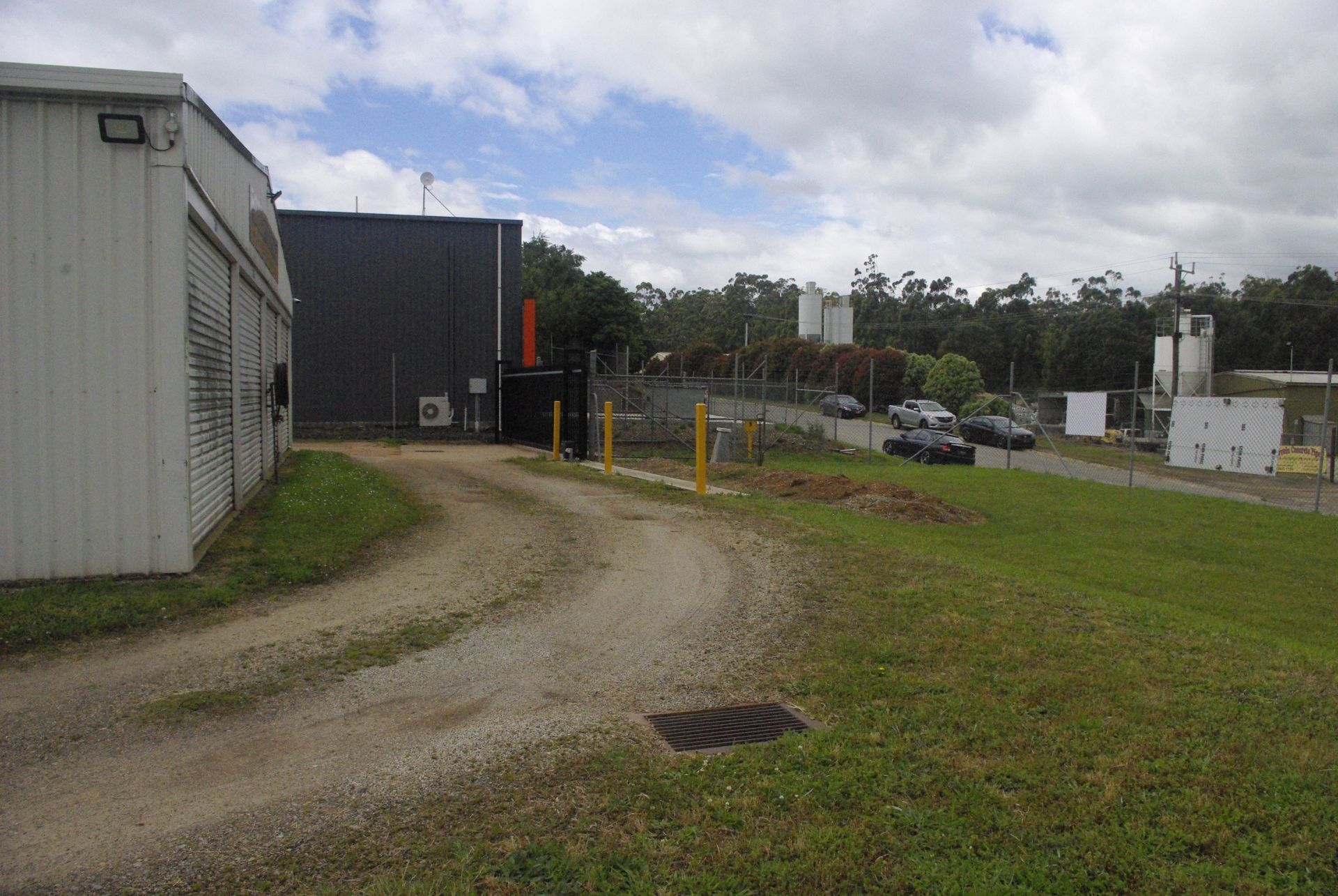 Storage Shed Facility BUSINESS Plus FREEHOLD