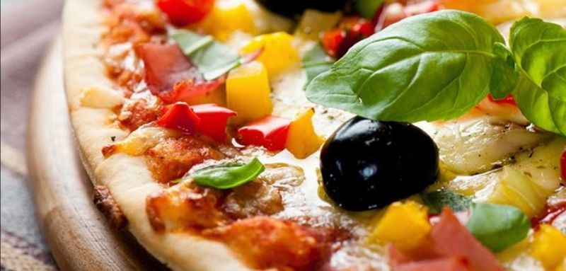 Established well-loved fresh Pizza (+ more) shop- Great turnover + room to grow!
