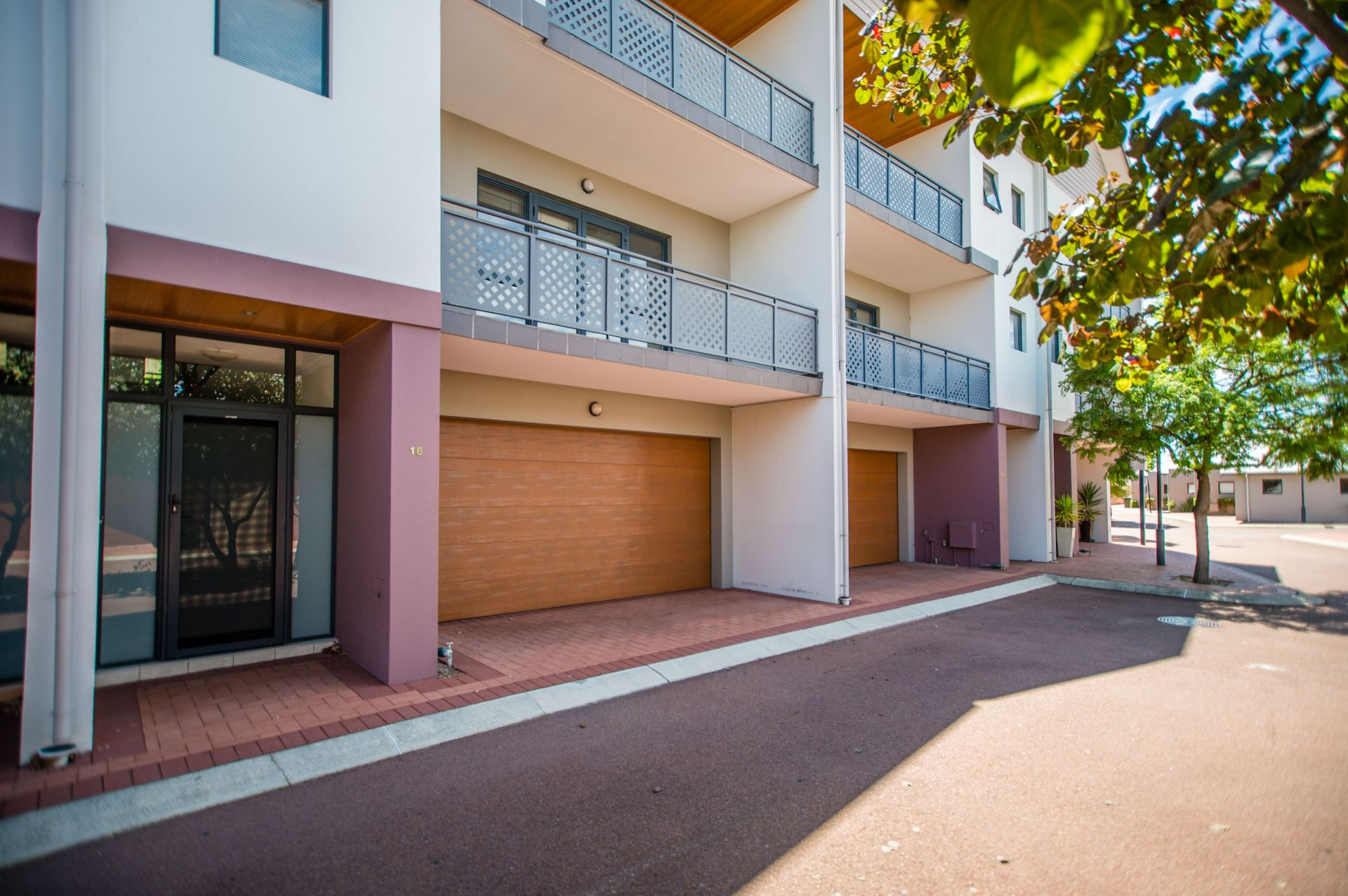 16/197 Hampton Road, South Fremantle