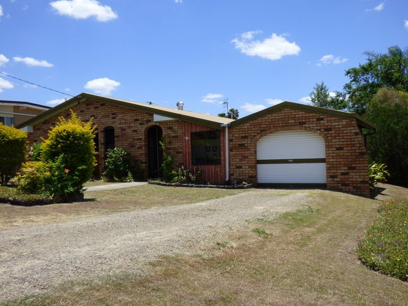 Very neat & Tidy and within walking distance to all amenities